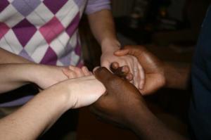group-prayer-3